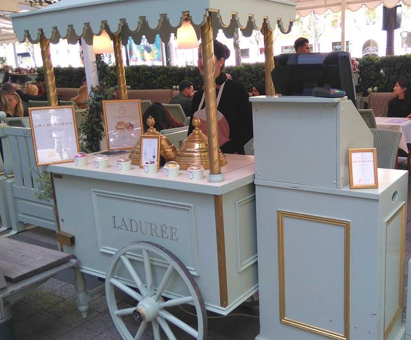 Chariot à glaces - Laduree
