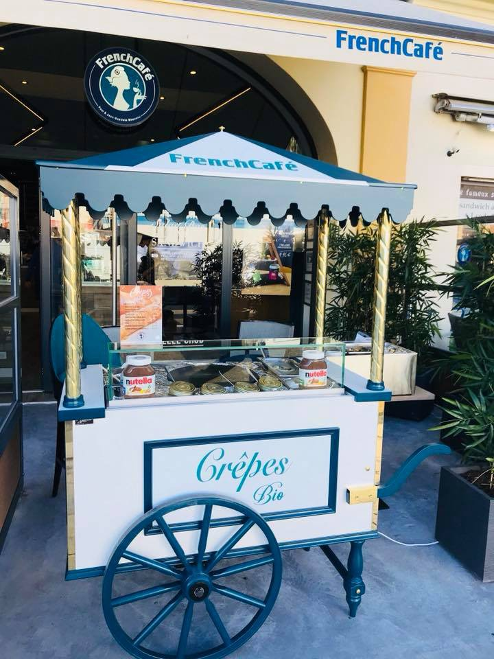 chariot-a-crepes-french-cafe-nice-rue.jpg