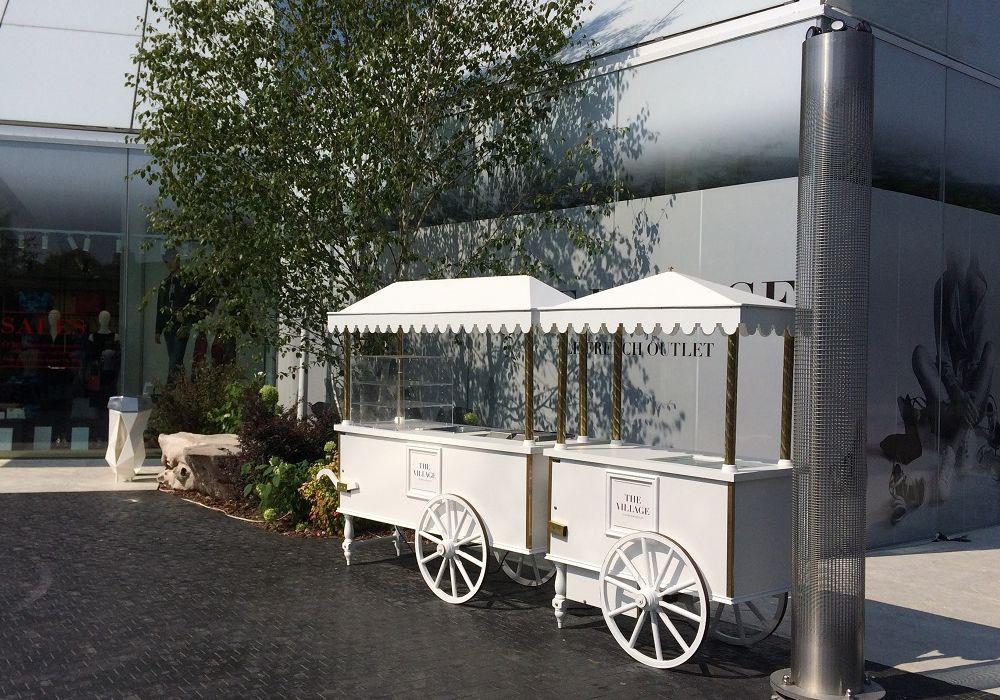chariot-boissons-the-village.jpg