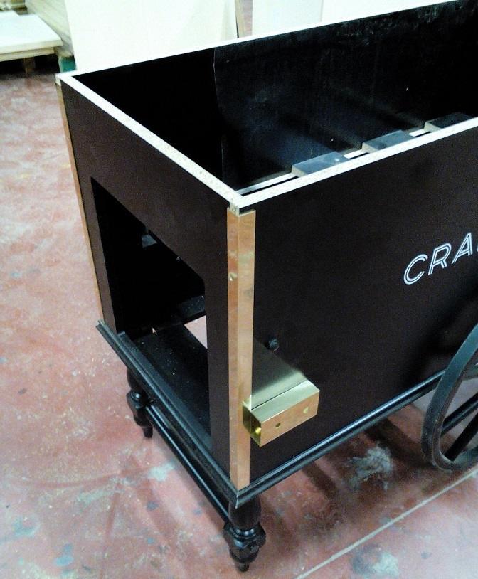 Montage de la caisse et des roues du chariot